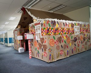 gingerbread cubicle light roof elf house office christmas decorations - Christmas Office Decorations