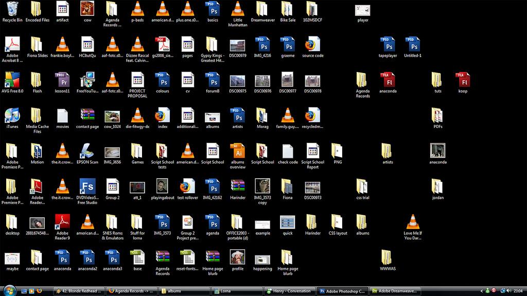 cluttered-desktop