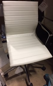 Rendition Executive Mid Back Task Chair