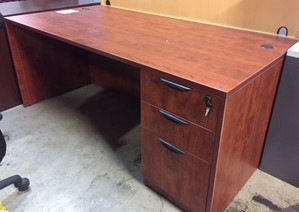 36x72 Right Pedestal Desk