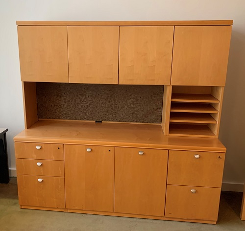 Kimball Maple Credenza With Hutch