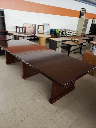 10' Traditional Mahogany Conference Table