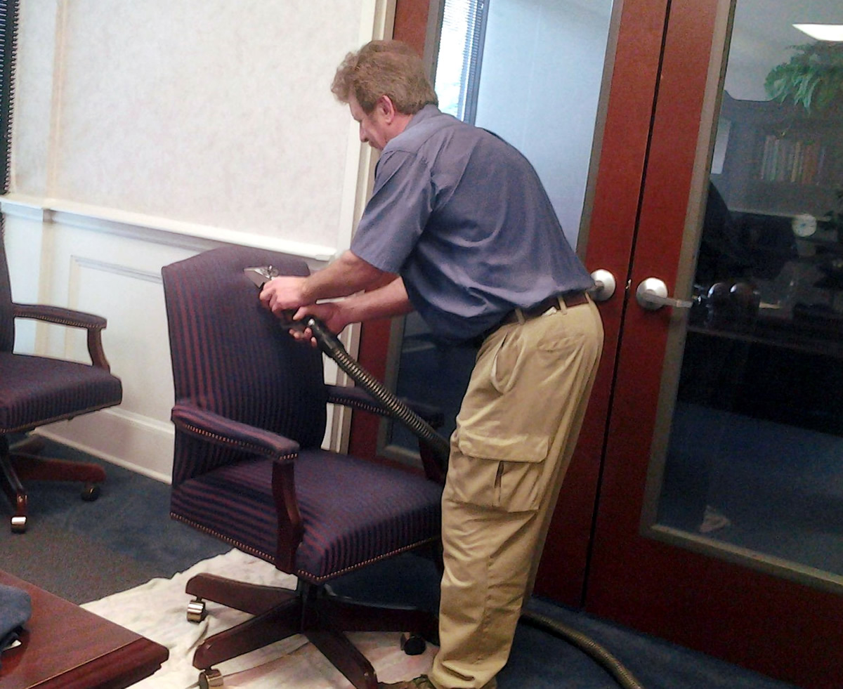 Thrifty Chair And Panel Cleaning